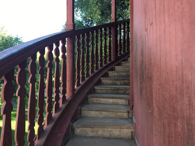 展望塔の螺旋階段