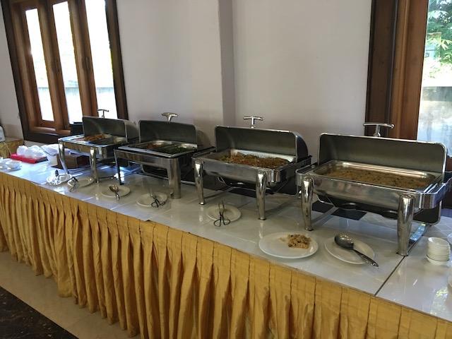 ゴールデンレイクホテルの朝食