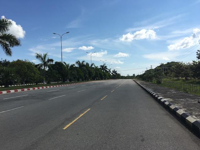 ネピドーの道路